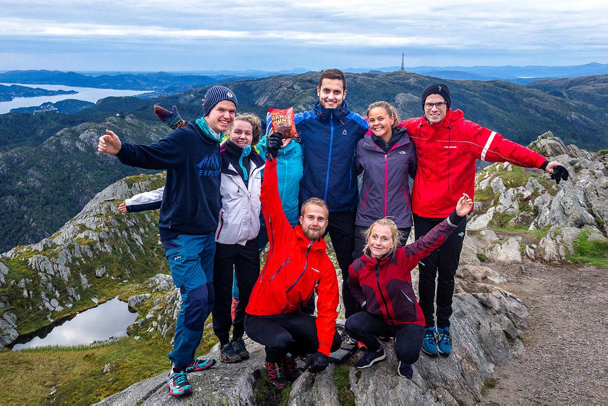Tur til Ulriken og zippline med DNT ung Bergen høst 2018