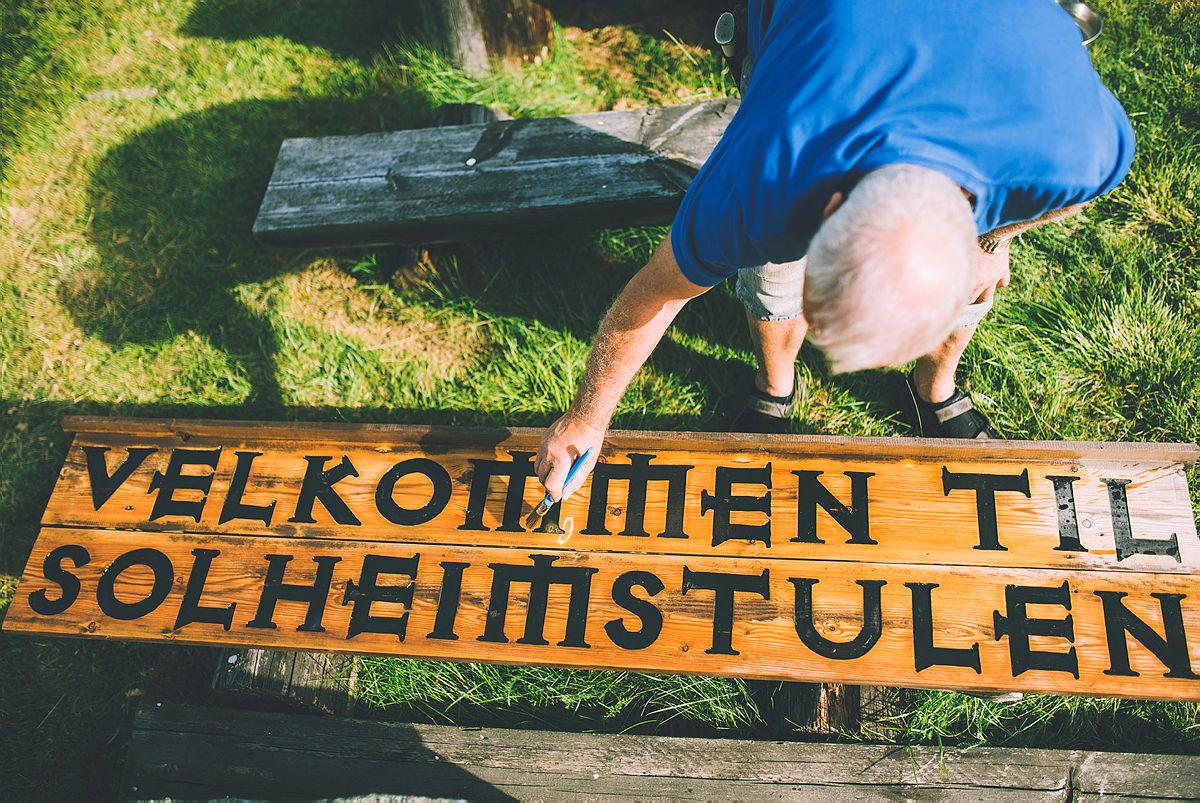 Solheimstulen ligger i et barnevennlig og idyllisk område. Et ypperlig utgangspunkt for korte og lange turer på Hardangervidda!