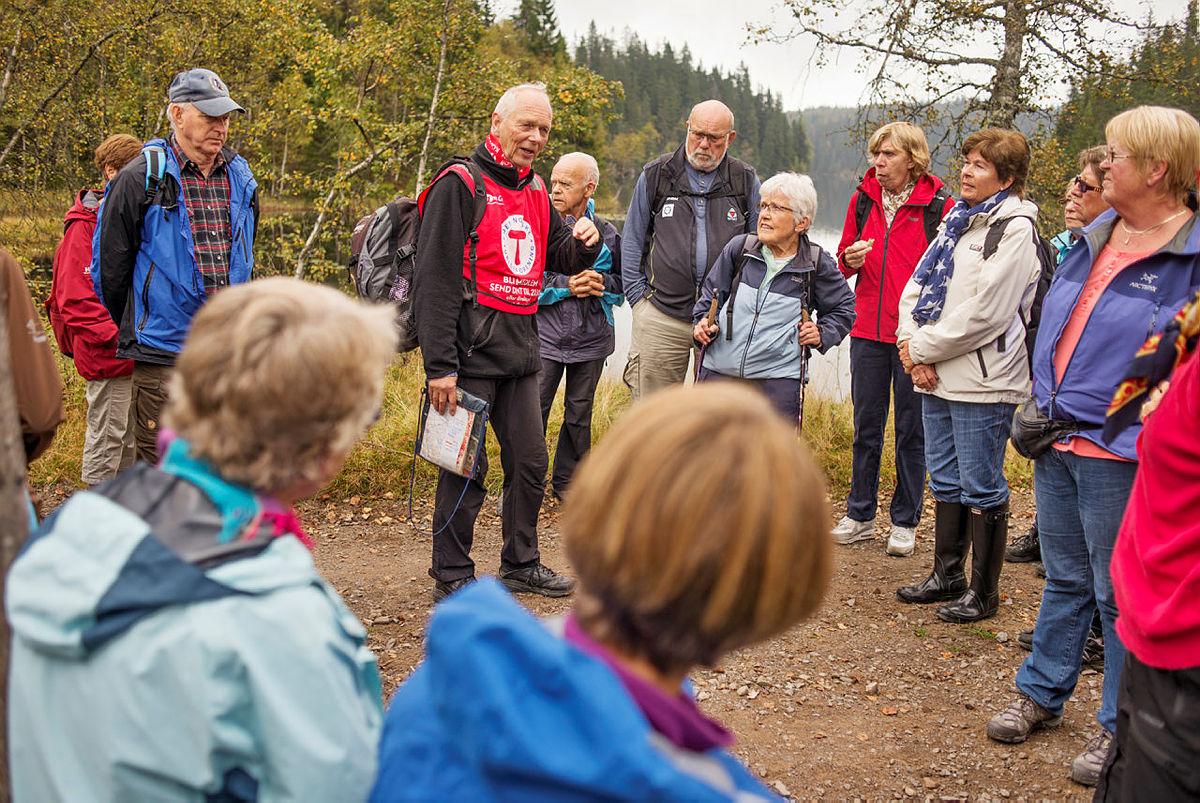 Bilder fra seniorturer, Turbussen og Seniormarsjen. Tatt av Marius Nergård Pettersen på oppdrag fra DNT Oslo. kan brukes fritt i DNT-sammenheng.