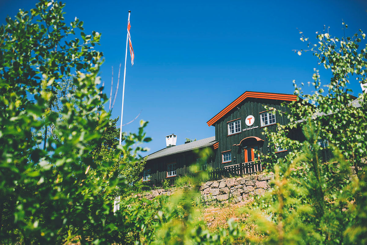 Kobberhaughytta åpner igjen med åpen kafe i helgene og overnatting i helgene fra 15. mai.