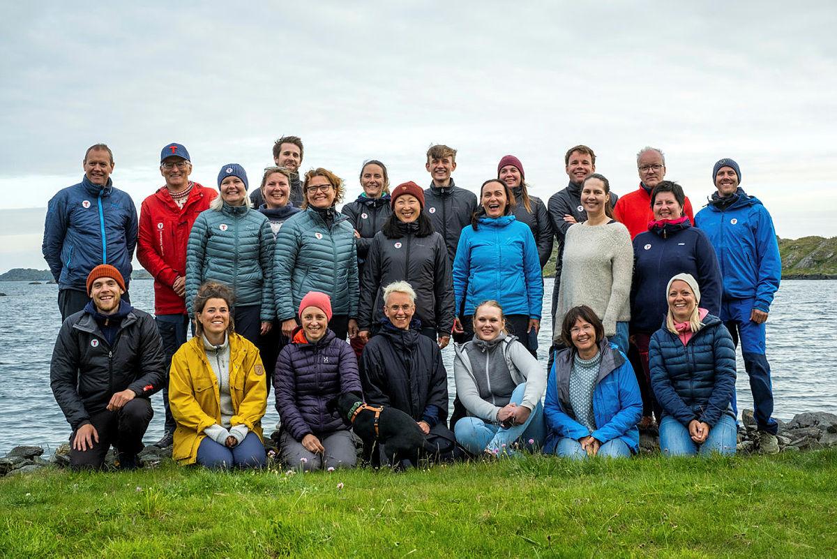 Ansatte i administrasjonen i Stavanger Turistforening, bilde tatt på Kvitsøy juni 2021.