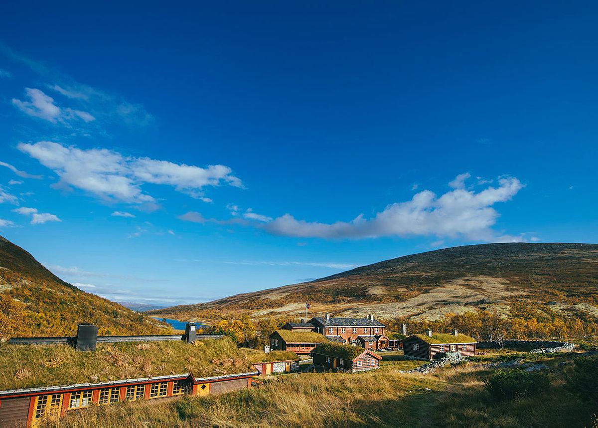 Da vertskapet stengte Bjørnhollia i midten av september, klargjorde de også selvbetjeningsdelen på hytta.