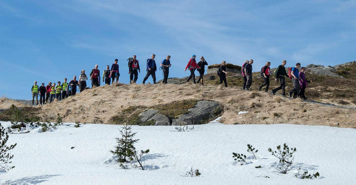 Byfjellstrimmen har jubileumstur i anledning 125-årsjubileet til Bergen og Hordaland Turlag. Turen går fra Fløyen over Vidden til Ulriken.19.04.2015