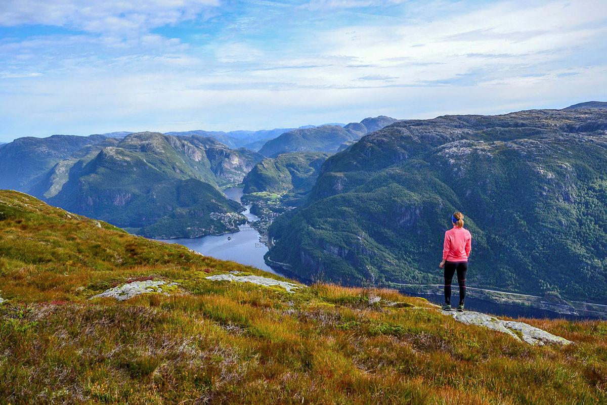 Raudskredbruna, på veg til Rispingen, Osterøy.