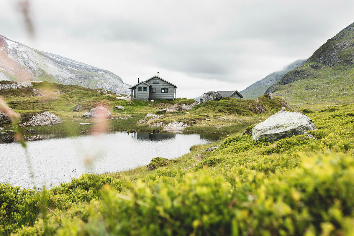 Longevasshytta, Indre Sunnfjord Turlag