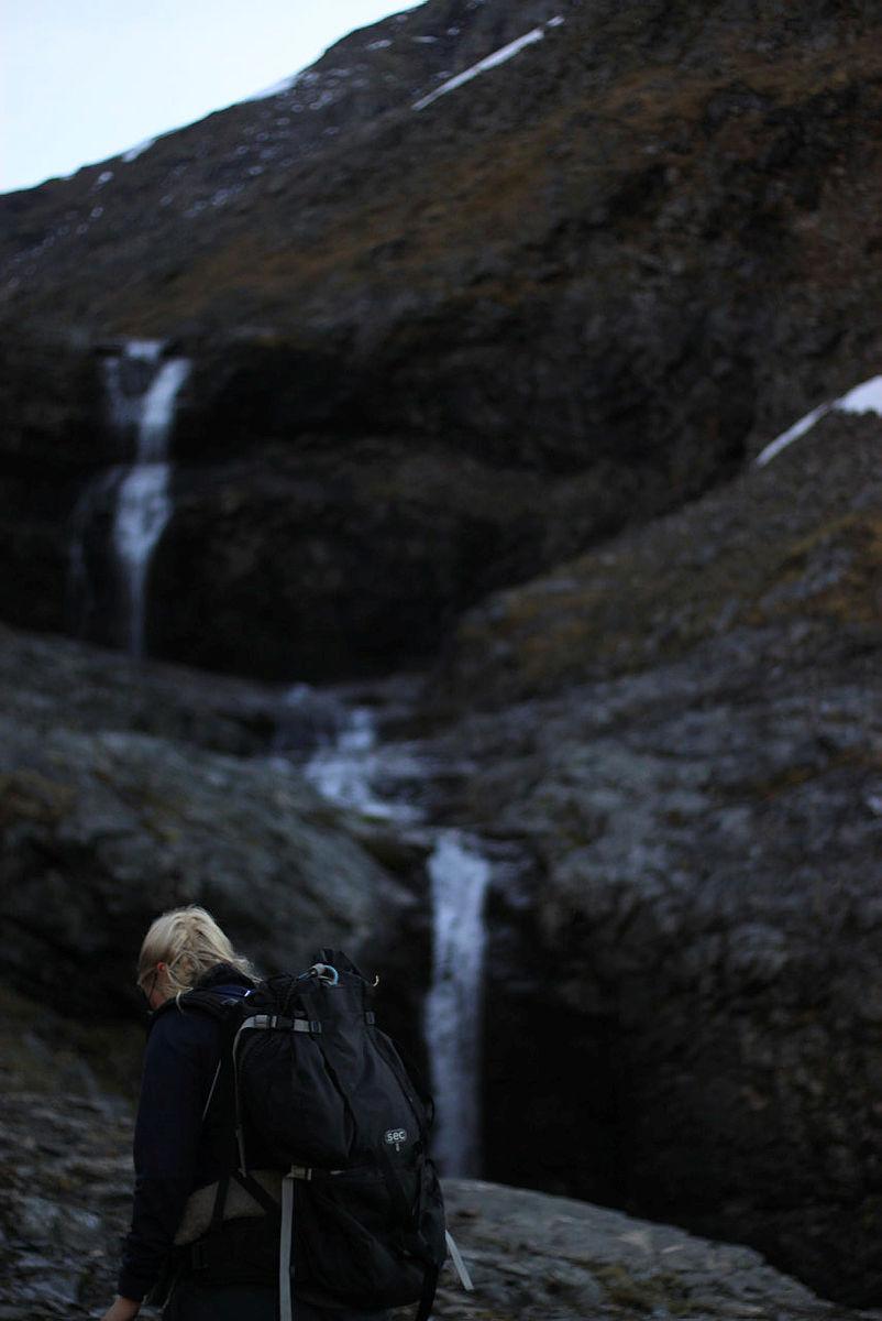 På vandring i mektig natur