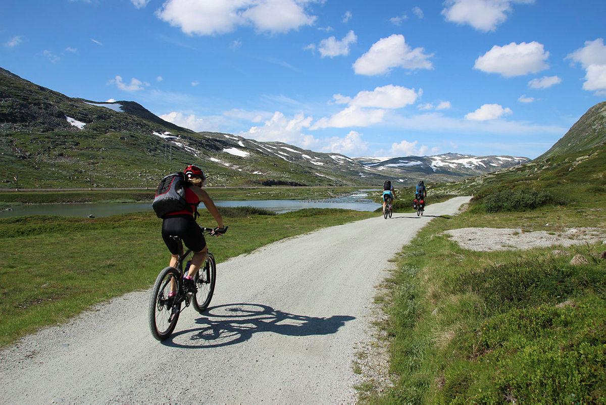 Sykkeltur langs Rallarvegen.