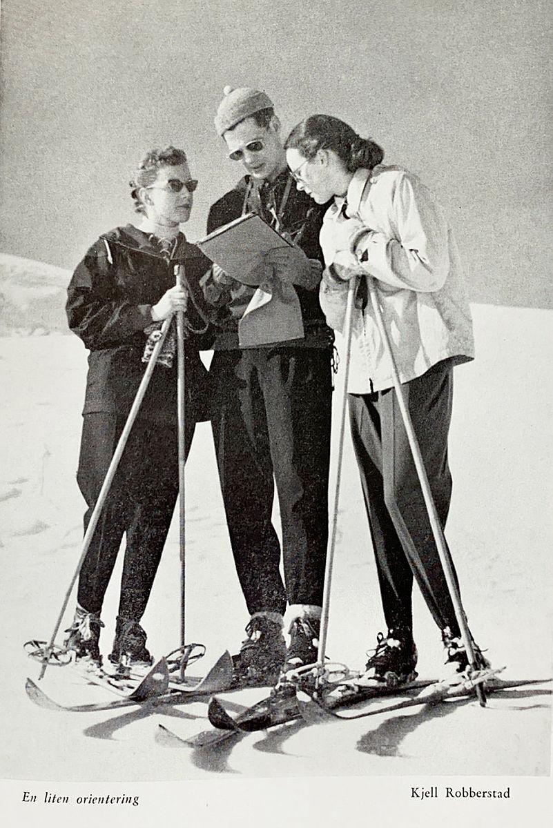 Bidrag i fotokonkurransen i årboka fra 1954.