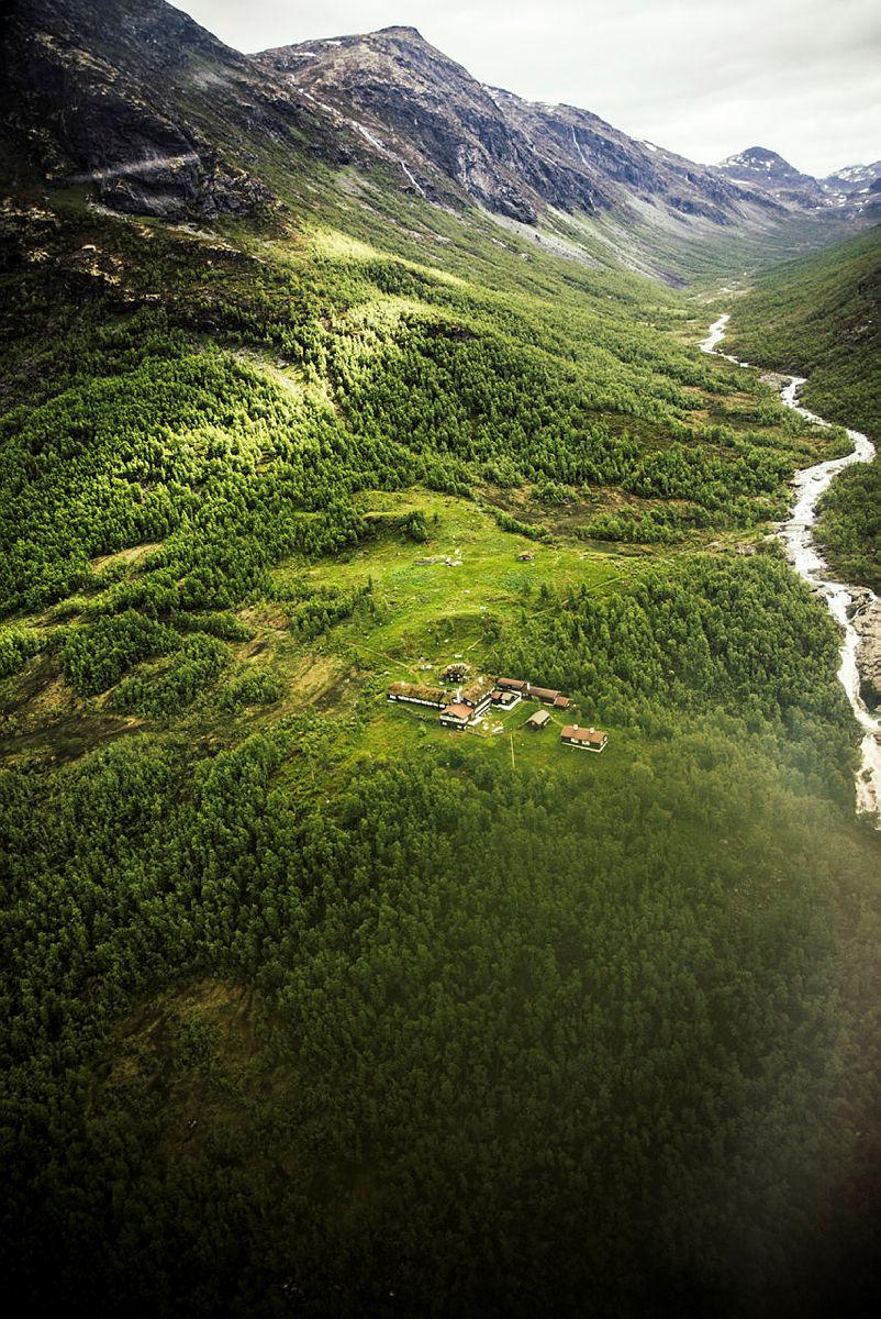 Hydro Energi bidrar med midler til mikrokraftverk på Skogadalsbøen