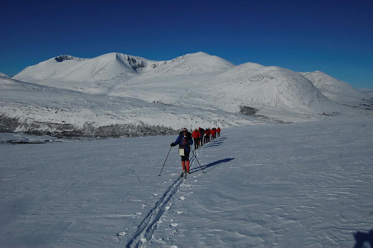 Skitur ut fra Bjørnhollia.