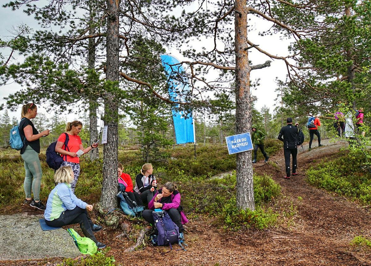 Topp7Turen 2017. Drikkestasjonen ved Vrangen.