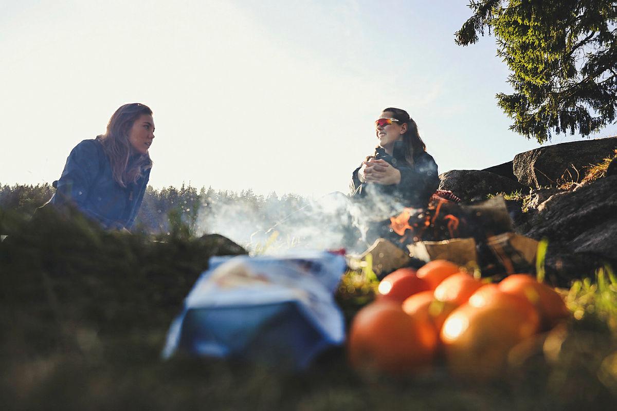 Pause, mat og god prat gjør turen enda litt finere.