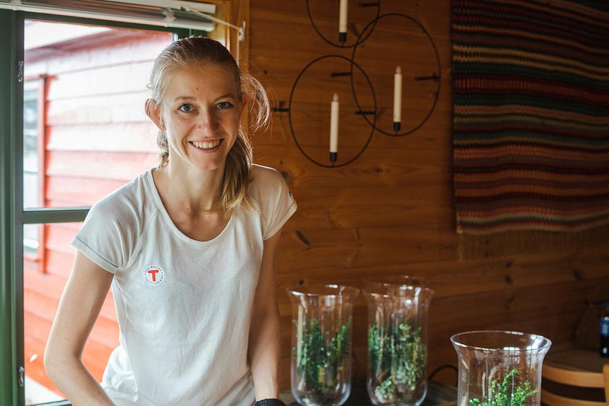 NY SESONG: Ingeborg Buer Søndenå er tilbake og klar for en ny sesong som vertskap.