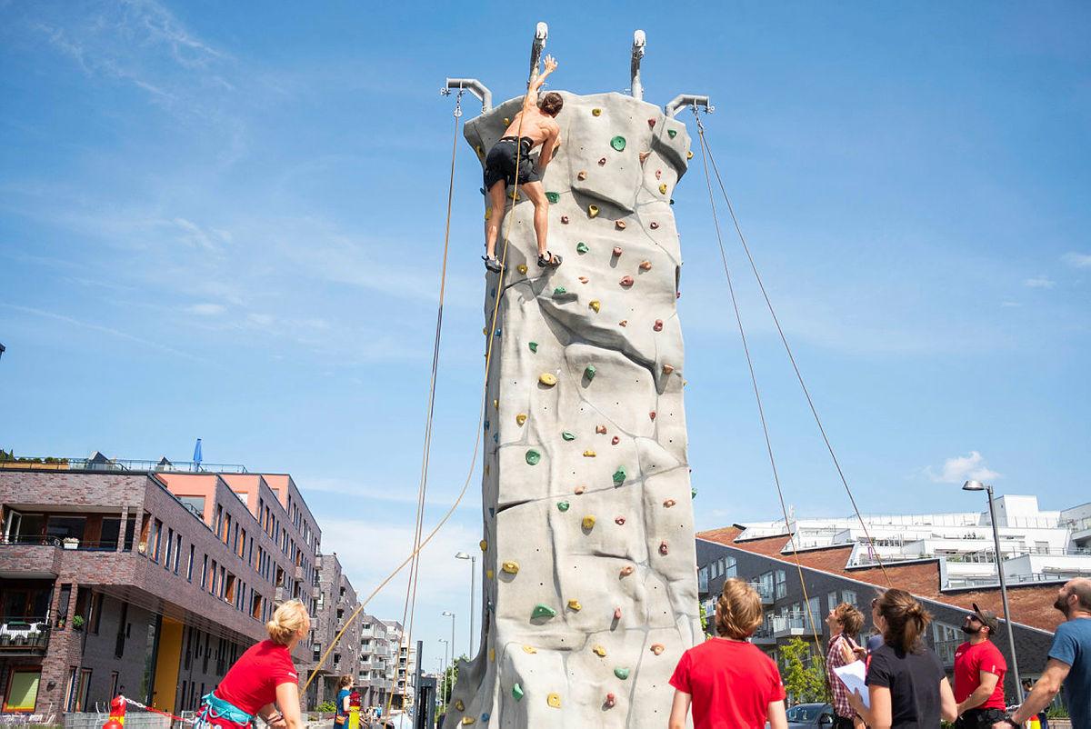 Noen klatret helt til topps.