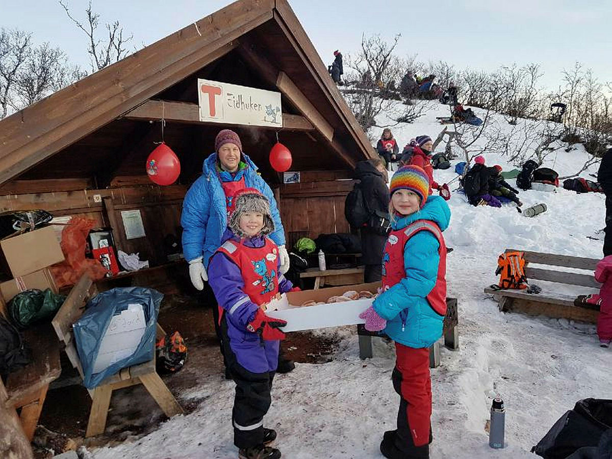 Utebursdag og solfest på Eidhaugen i Tromsø