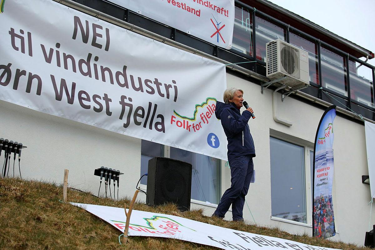 Daglig leder i Turlaget, Helene Ødven, holdt appell.