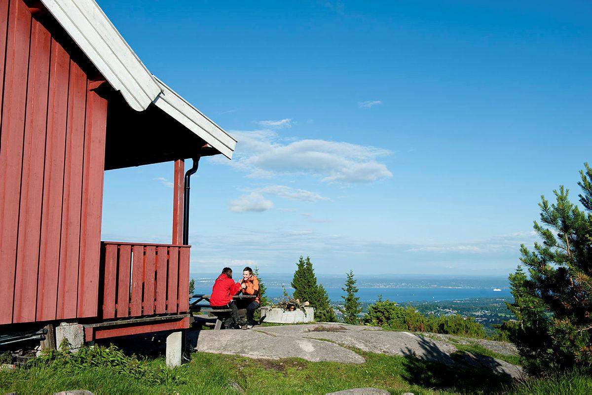 Nyt utsikten fra Hovdehytta mye ledig i uke 30 og 31.