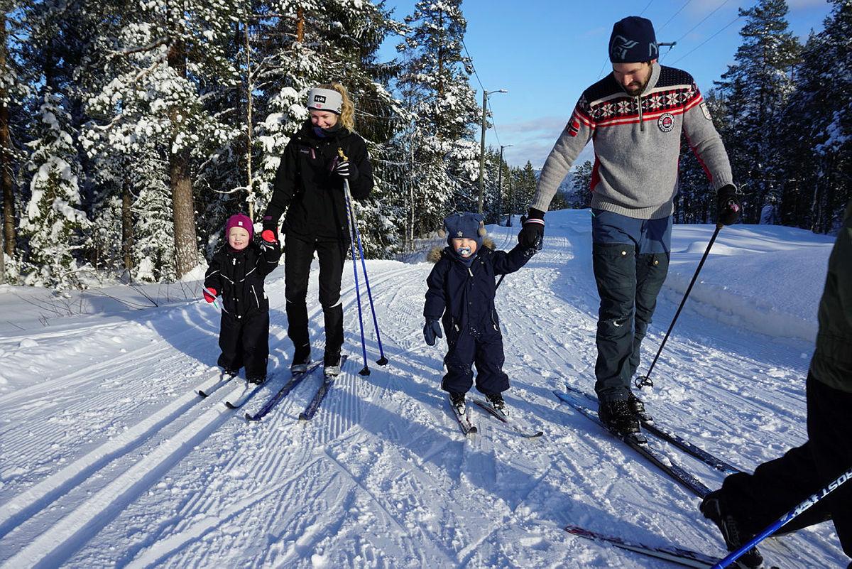 Ta med familien og finn turpostene på ski.