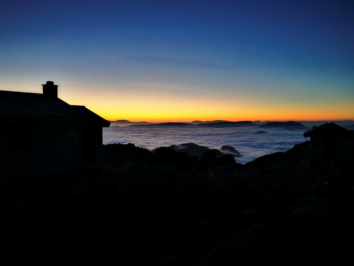 Breidablikk i solnedgang