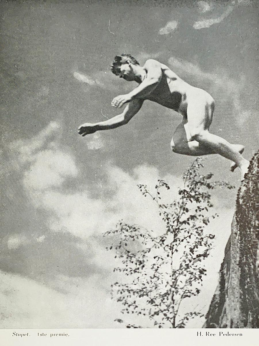 Første premie i fotokonkurransen i årboka fra 1946.