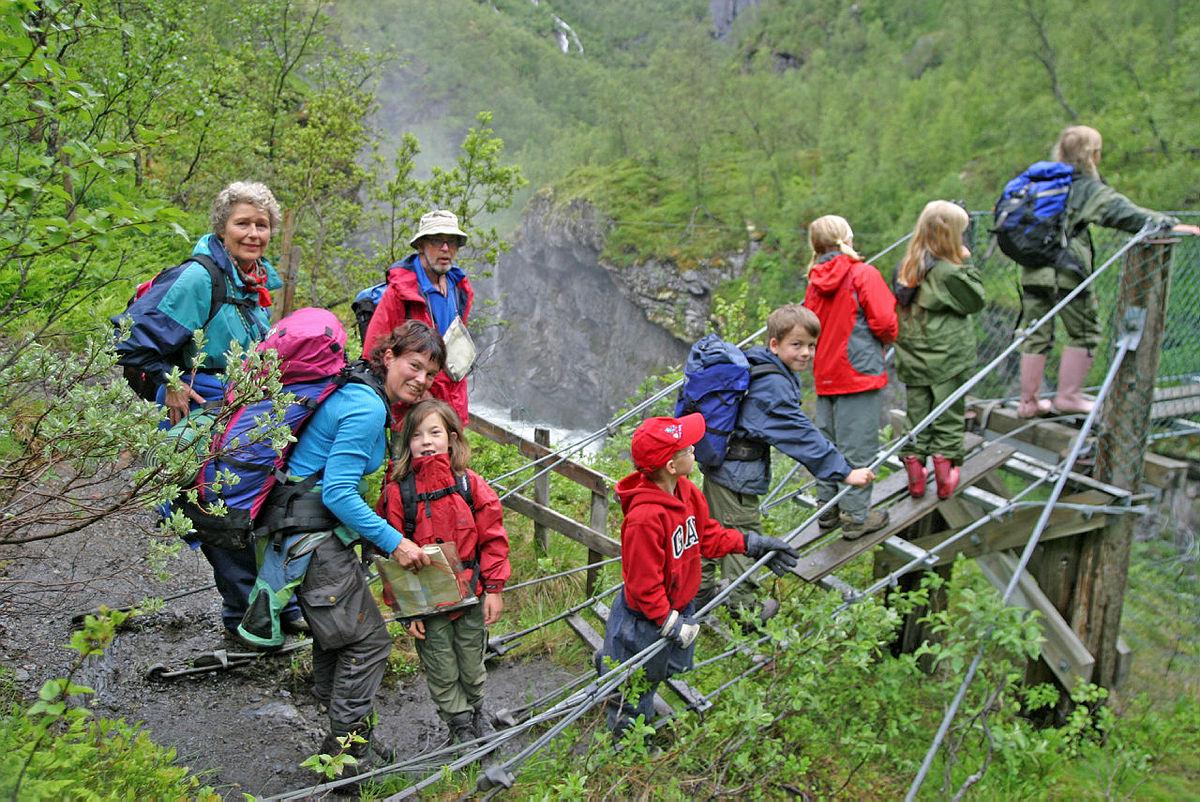 Tur med Barnas Turlag Oslo til Aurlandsdalen
