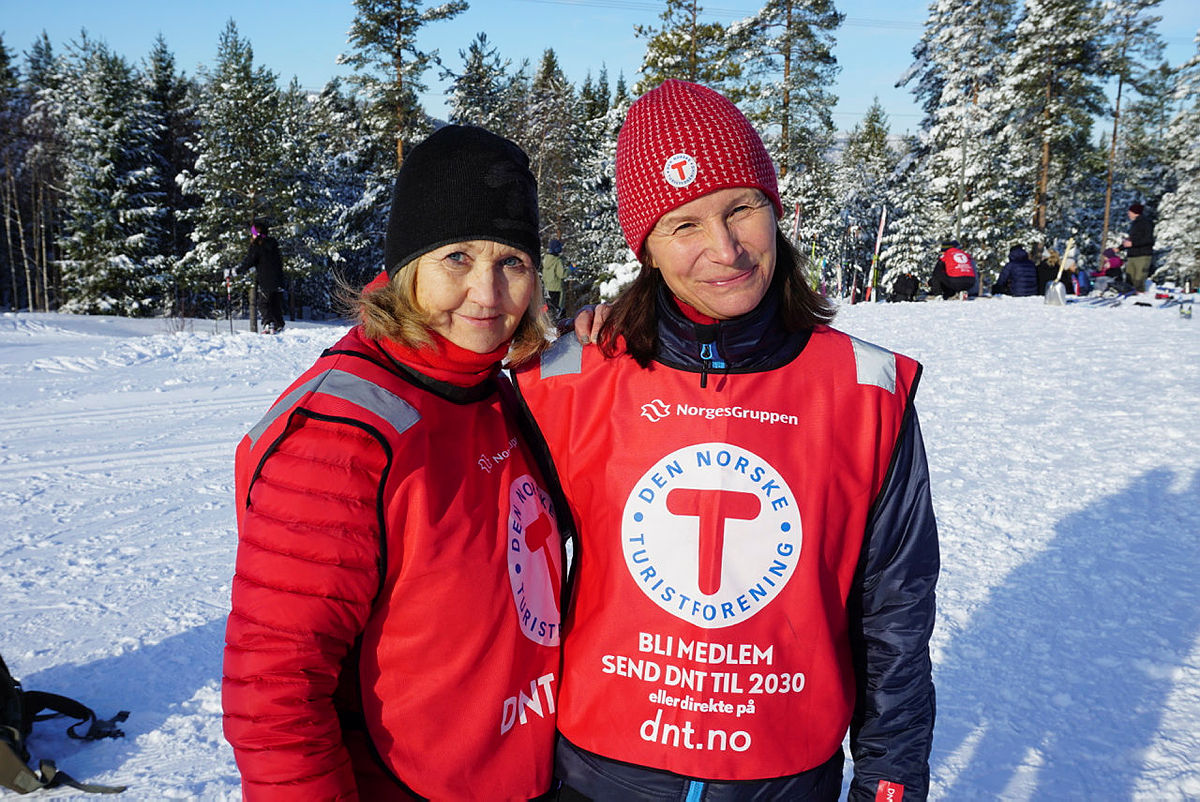 Anne Lise Olsen og Sissel Mogård var svært fornøyde med Kom deg ut-dagen.