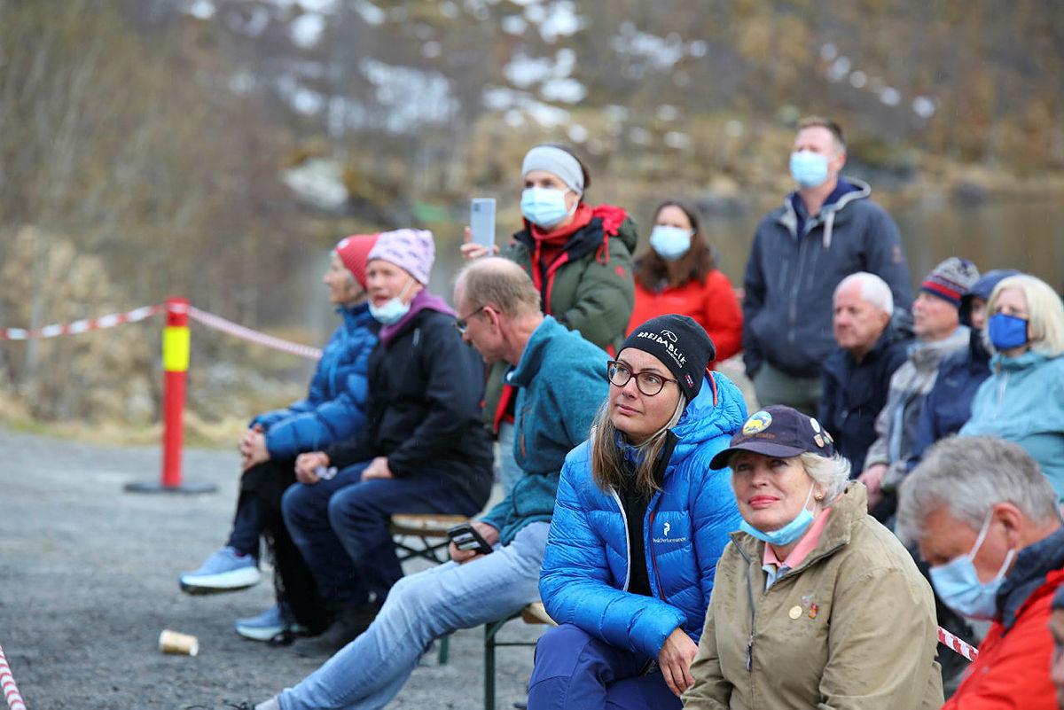 Styreleder i Turlaget, Elisabeth Skage, lyttet oppmerksomt til appellene. Vindkraftsaken er viktig for Turlaget.