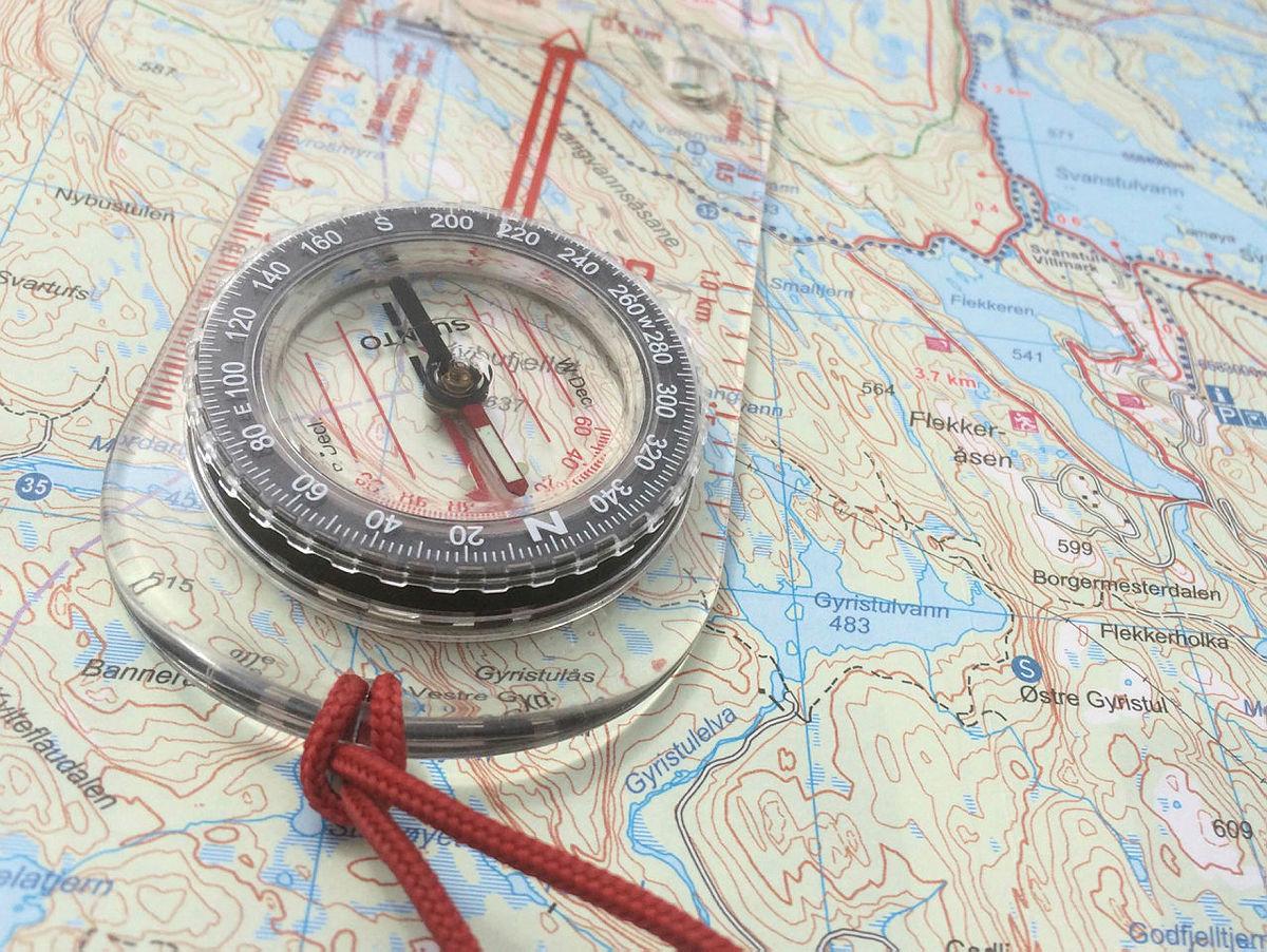 Ta alltid med kart og kompass på tur!