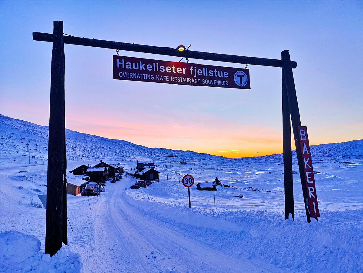 Haukeliseter fjellstue ligger midt på Haukelifjell, 1000 moh.