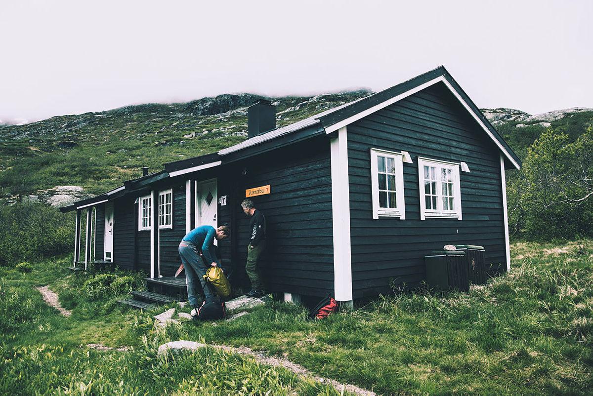 Den selvbetjente hytta Arentzbu har ledige senger.