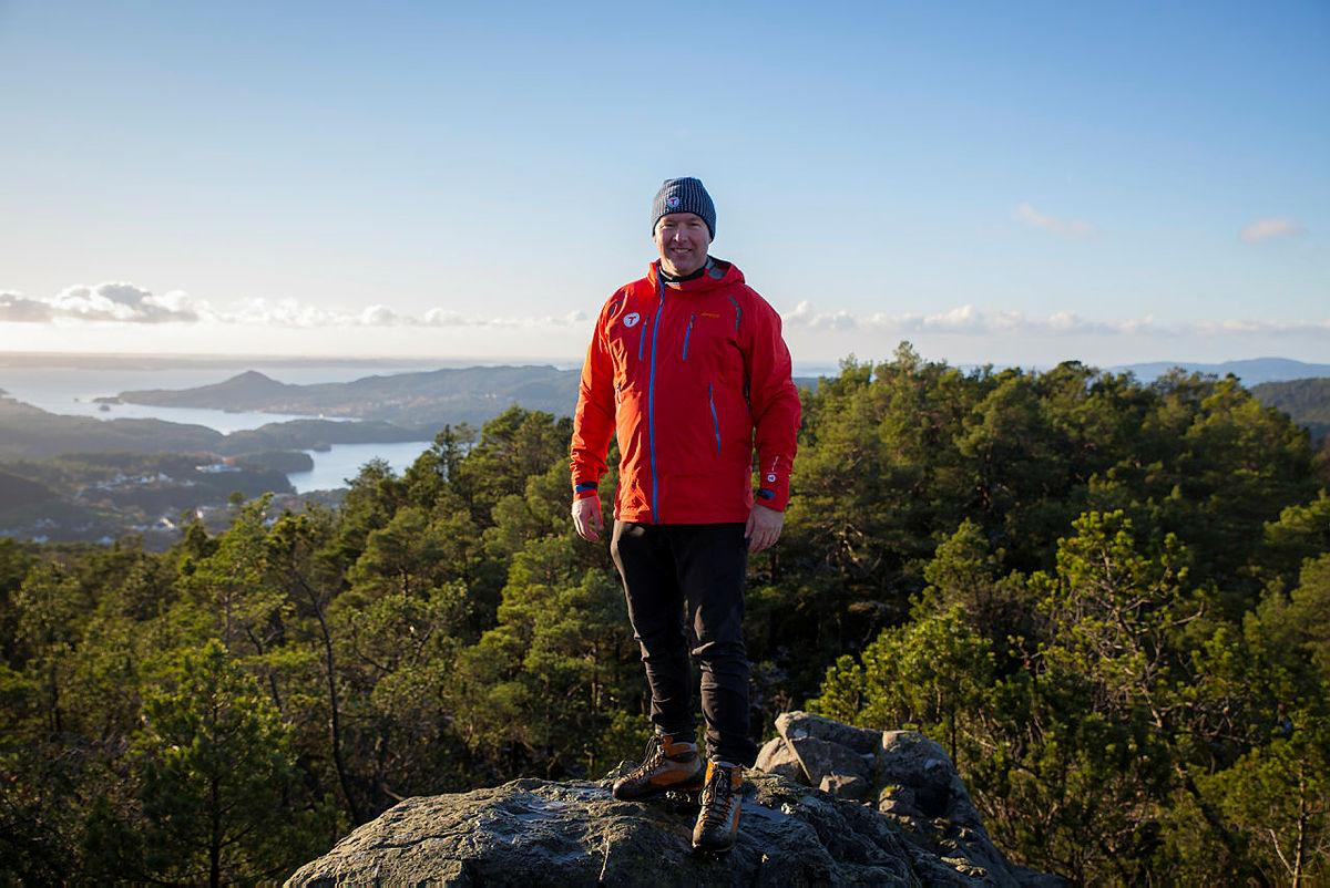 Børge Brunsdtland på Liafjellet under fellesmøtet på Os sist november.