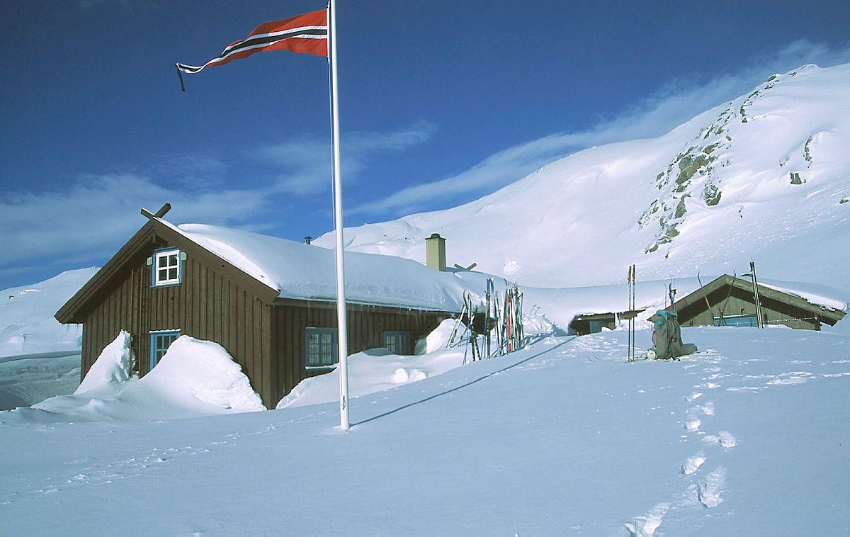 Populære Øyuvsbu i Setesdalsheiene vil etter pengegaven bli erstattet med ei ny hytte, plassert i samme område.