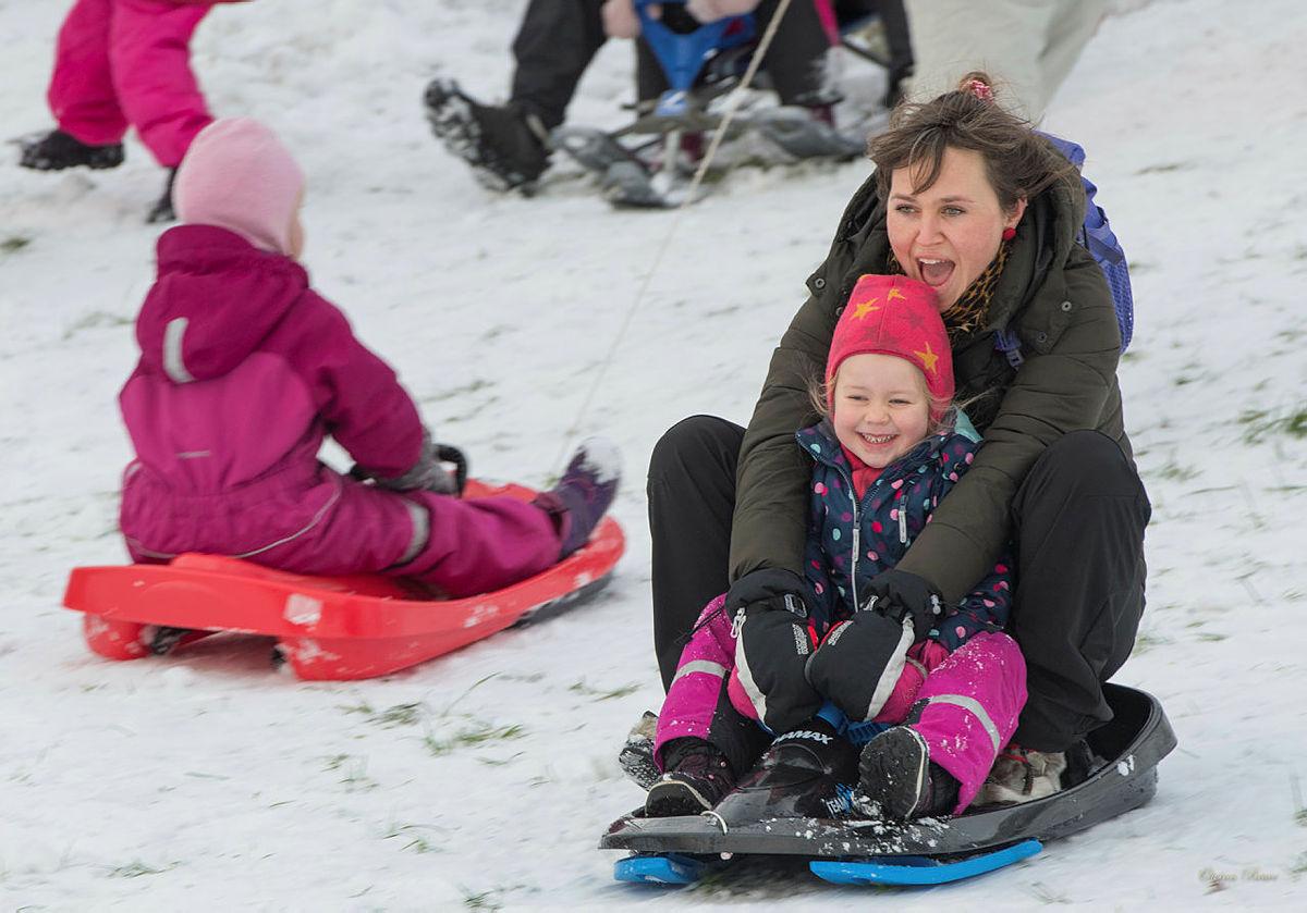 Også i Kristiansand var det nok snø til en skikkelig aketur!