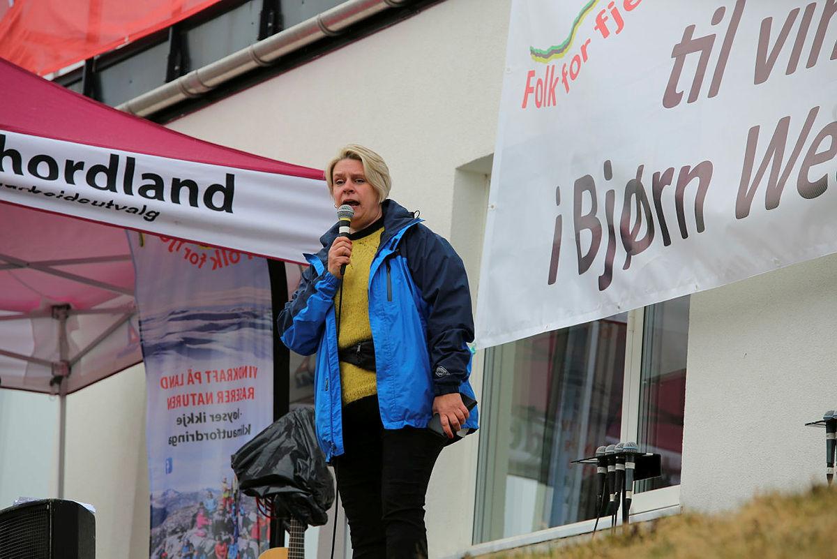 Ordfører i Bergen Marte Mjøs Persen holdt appell.
