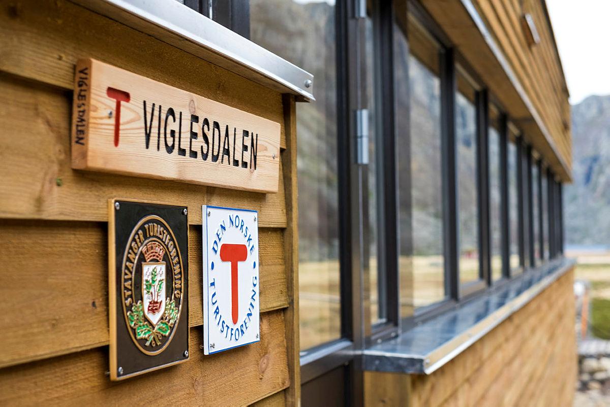 Ny turisthytte i Viglesdalen. Bilder tatt 6.-7. november 2018.