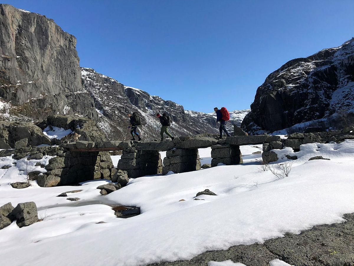 Ta turen til Viglesdalen langs den historiske vandreruta, nå er hyttene klare for innrykk!