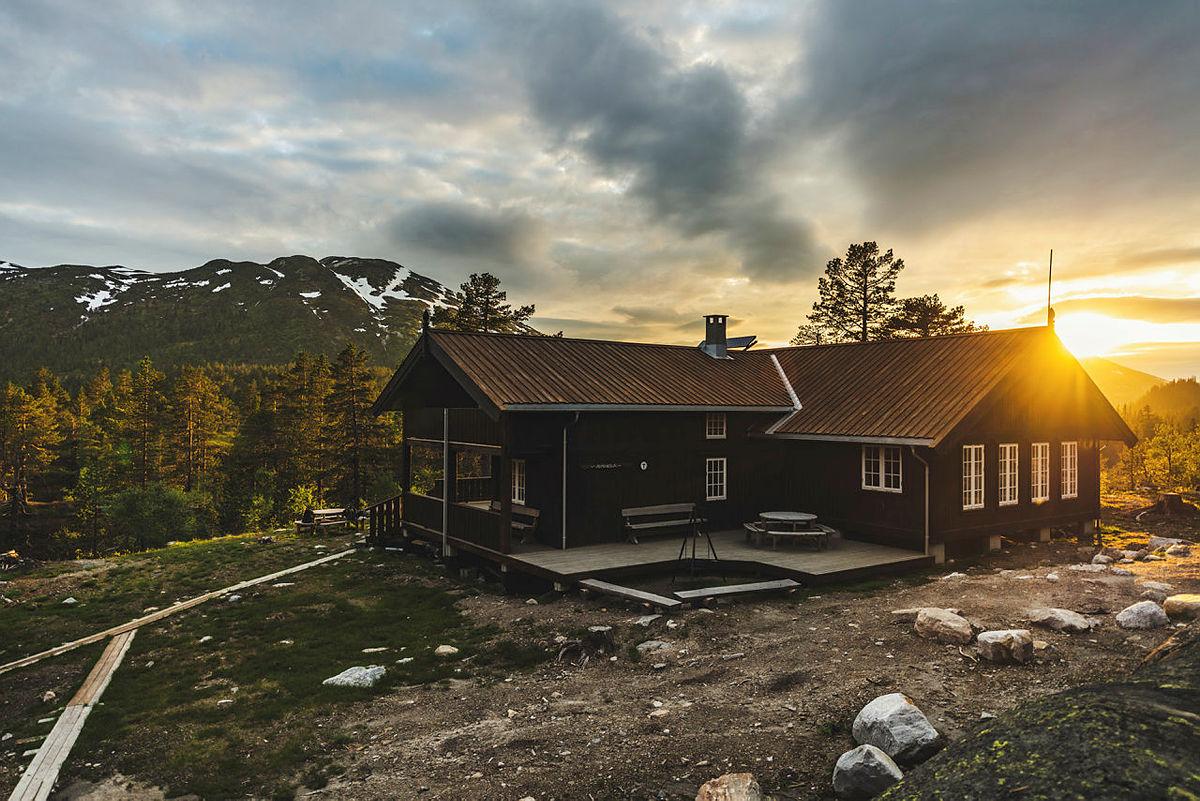 Himingsjå turisthytte sommeren 2020.