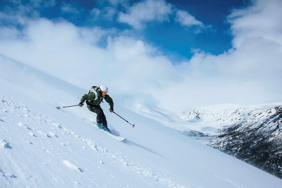 Ved Sota Sæter har du tilgang på spektakulære skiturer rett utenfor dørstokken.
