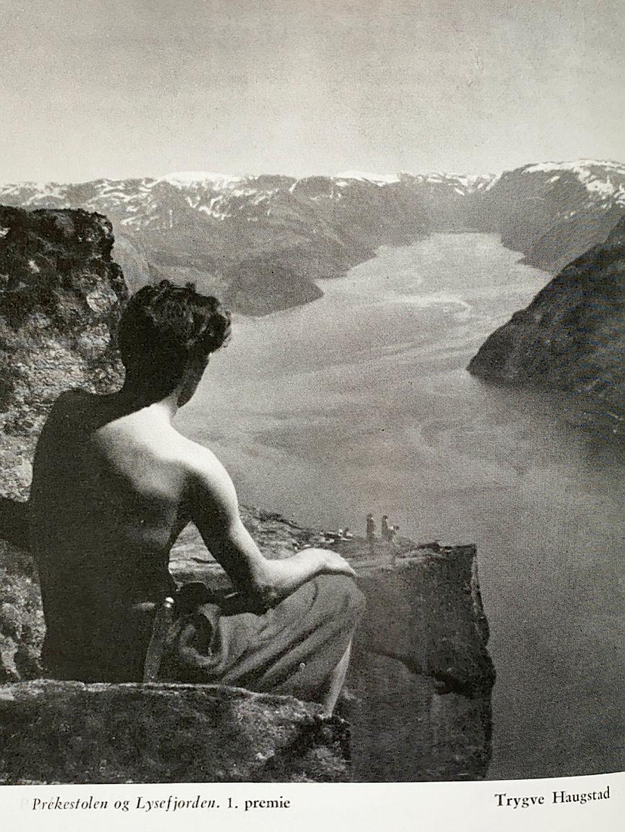 1. premie i årbokas fotokonkurranse i 1956.