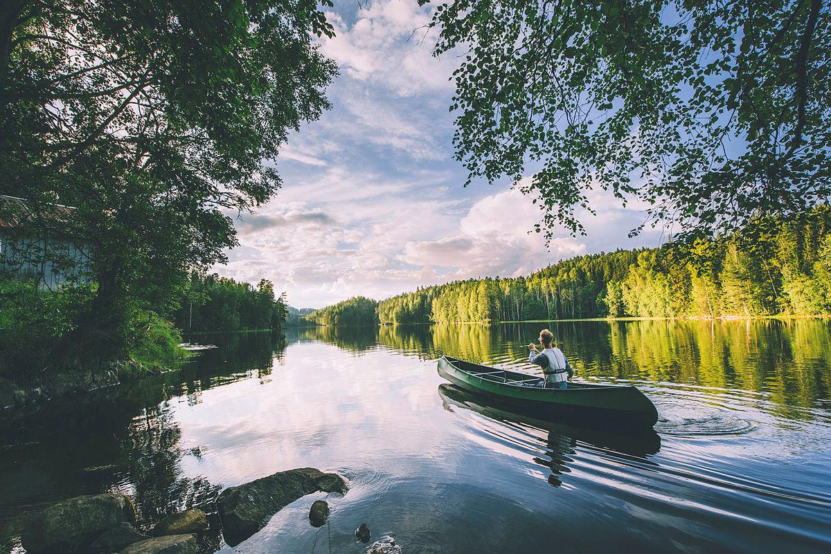 Unge naturtalenter på grunnkurs i kano!