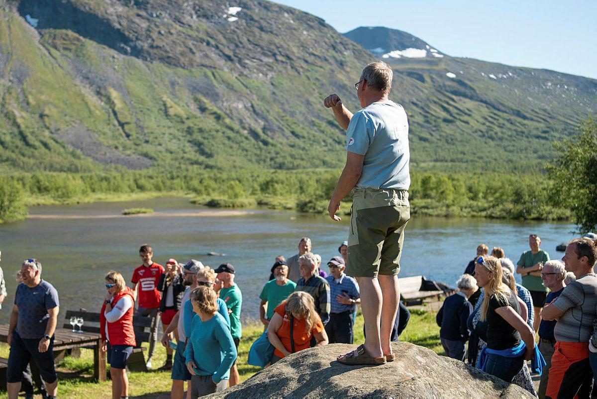 Lars Åge ønsker velkommen til jubileum