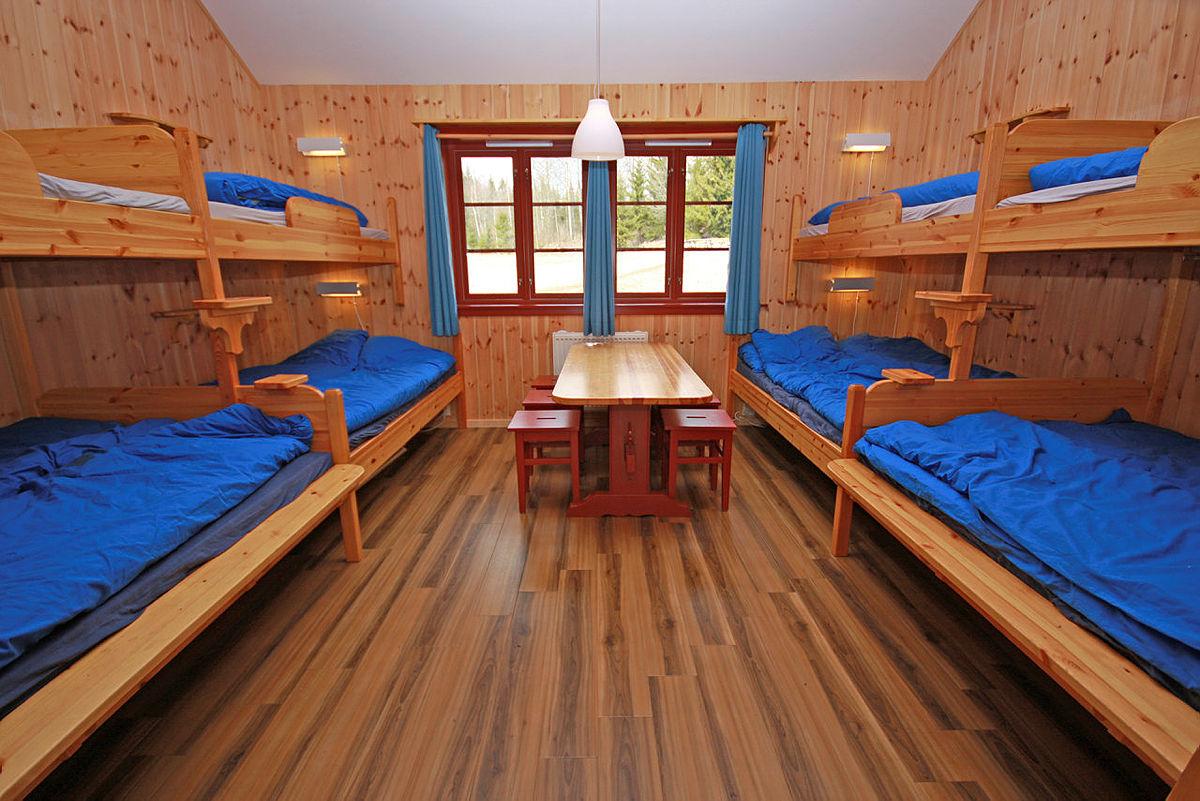 12 sengsrom på sovehuset