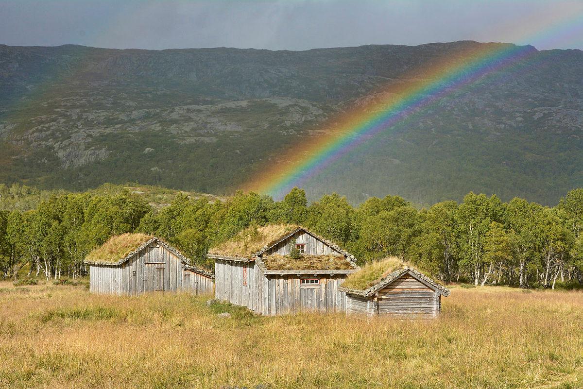 Alt blir bra ! Regnbue over Bleskestad en sensommerdag.