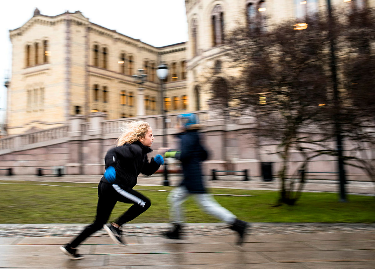 Full fart med aktiv læring foran Stortinget