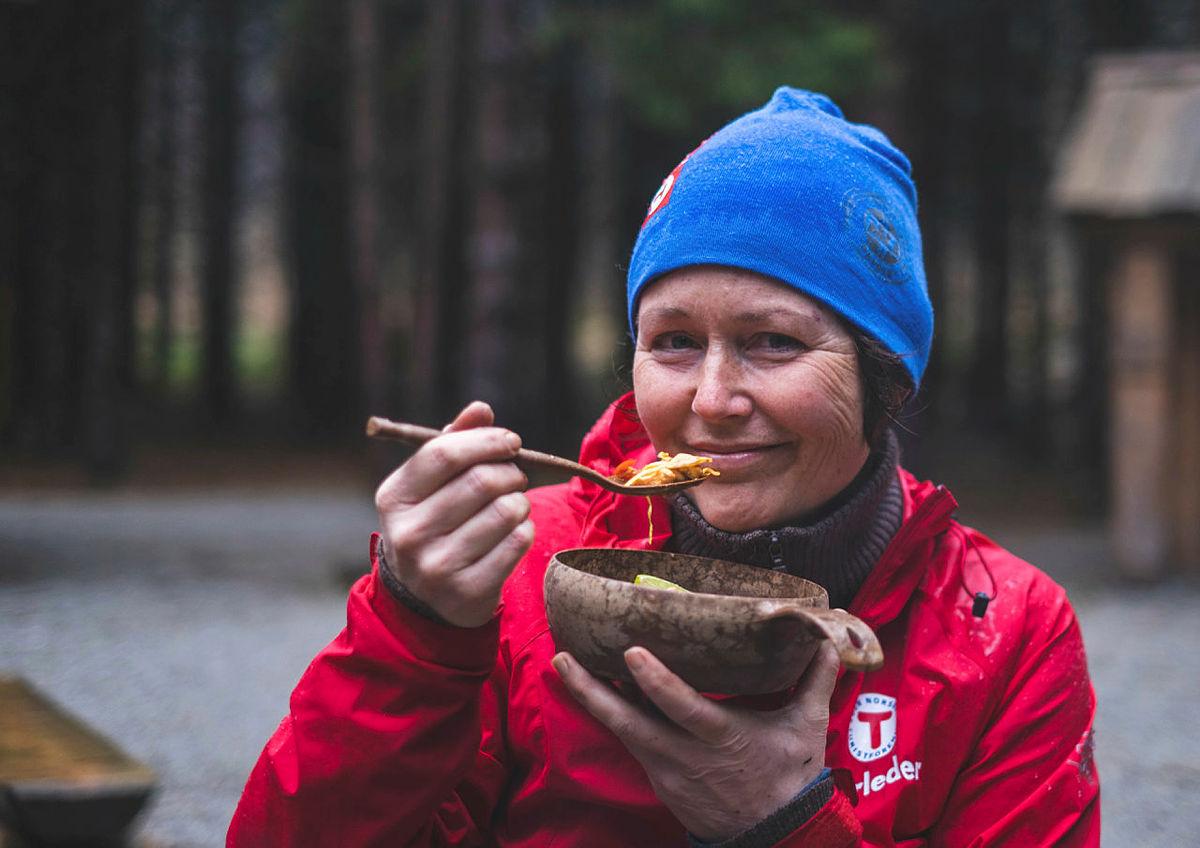 Hilde Grøtte, turleder i STF og forfatter av kokeboka #eteute.