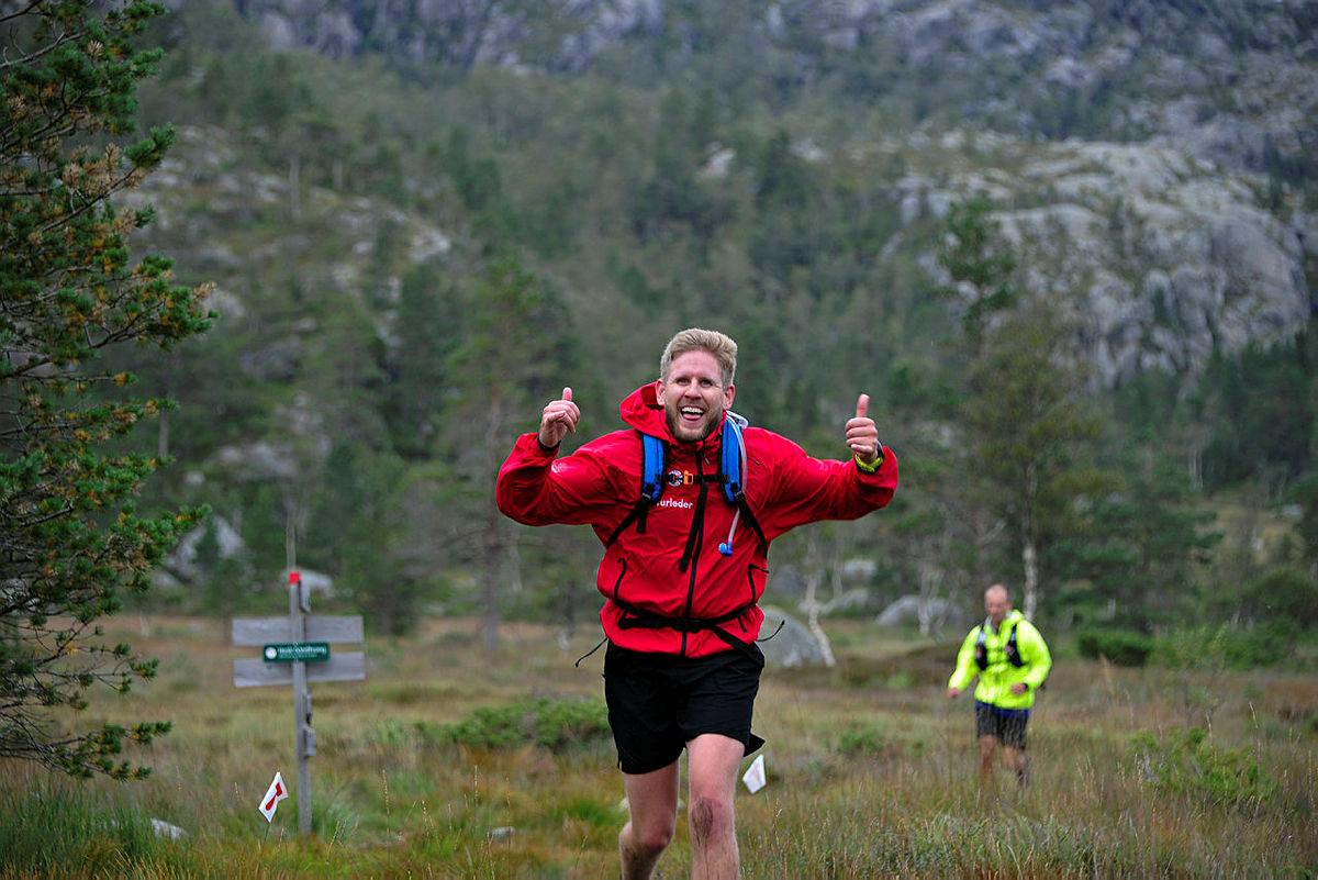 I helgen er det Tripp Trapp Triathlon. Er du på vei til Skåpet og Flørli kan du gi dem et ekstra heiarop.