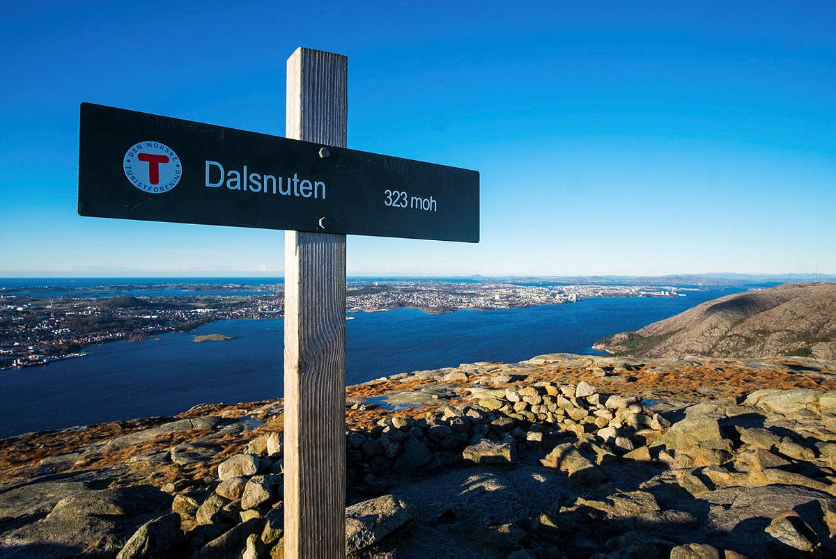 Sti og utsikt fra Dalsnuten, Sandnes.