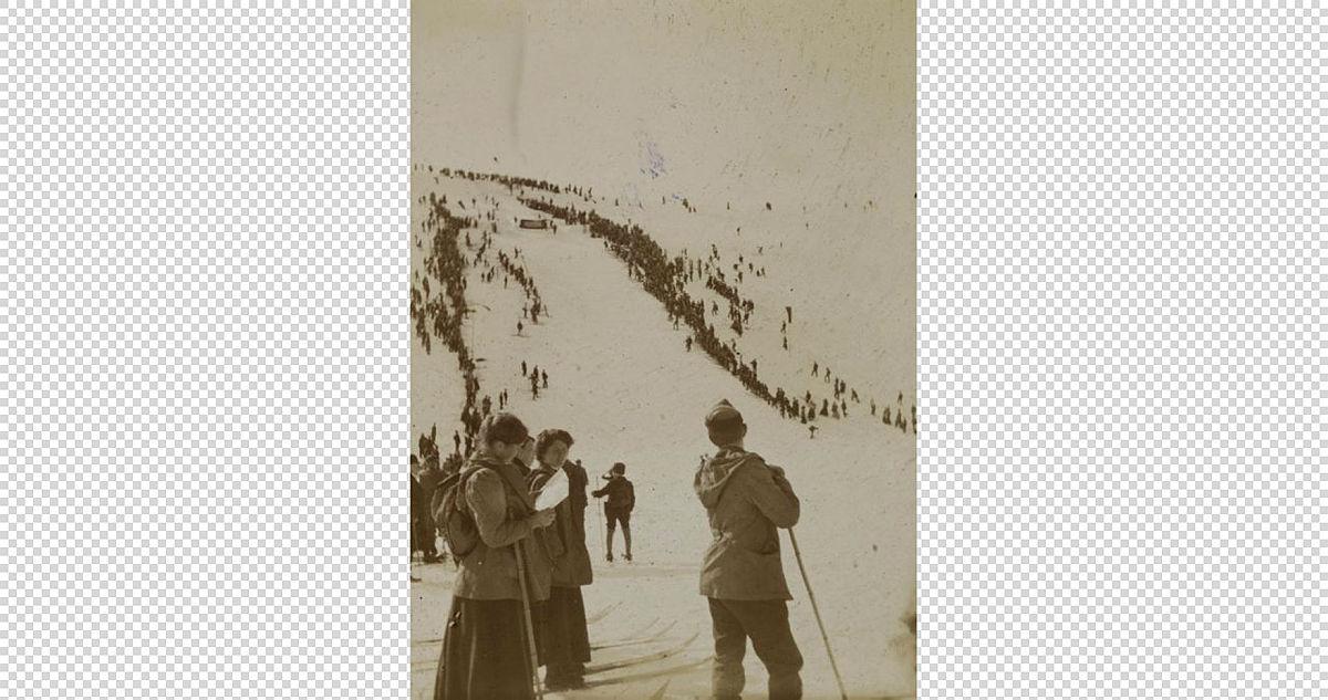 Hoppbakke i Byfjellene, begynnelsen av 1900-tallet.