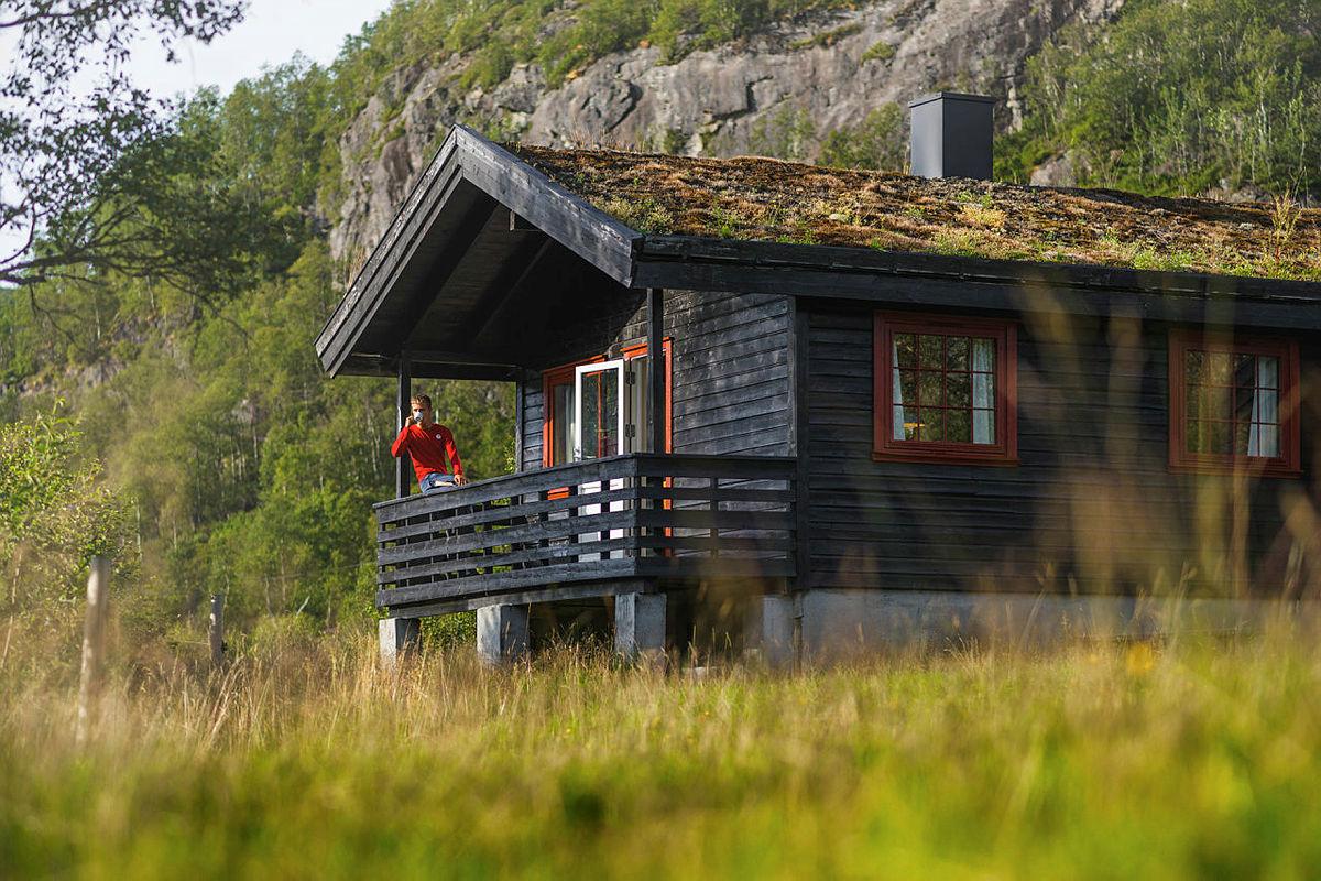 Nyt naturopplevelser og en minnerik ferie for livet som hyttevakt i STF.