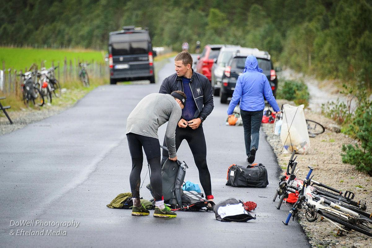 Tripp Trapp Triathlon 2018. Padling, løping og sykling. Lysefjorden.